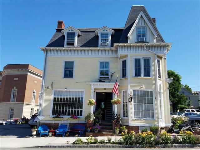 111 Memorial Boulevard W, Newport, RI 02840 (MLS #1271730) :: Welchman Real Estate Group