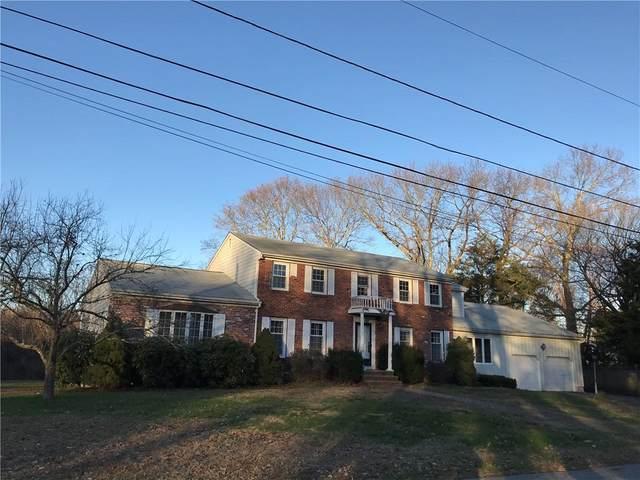 17 Pine Top Road, Barrington, RI 02806 (MLS #1271752) :: Welchman Real Estate Group