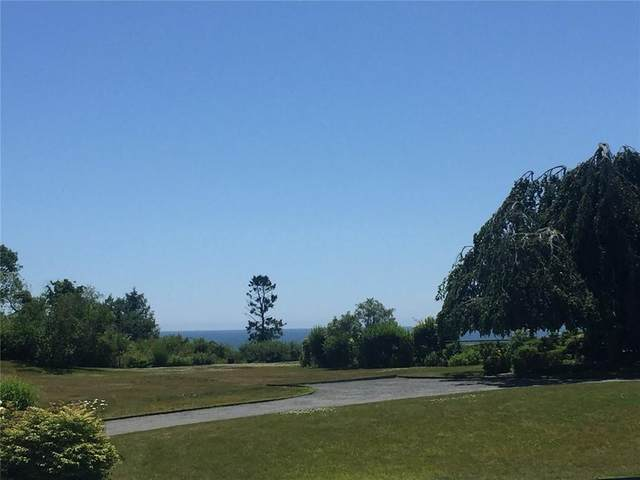 60 Beacon Hill Road, Newport, RI 02840 (MLS #1278022) :: Welchman Real Estate Group