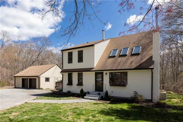 571 Weaver Hill Road, West Greenwich, RI 02817 (MLS #1280386) :: Welchman Real Estate Group