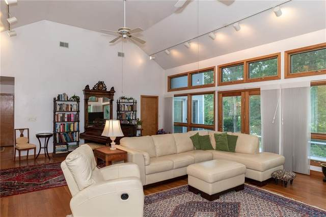 54 Stoney Hollow Road, Tiverton, RI 02878 (MLS #1290410) :: Dave T Team @ RE/MAX Central