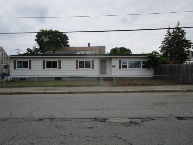 357 Prospect St, Pawtucket, RI 02860 (MLS #1171076) :: Westcott Properties