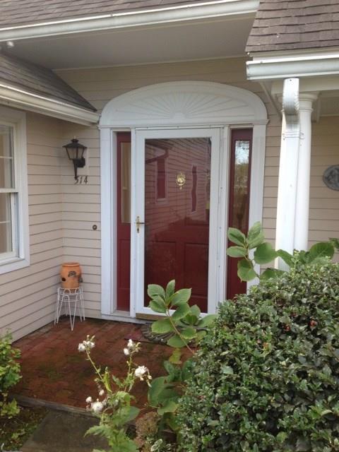 514 Corey Lane, Middletown, RI 02842 (MLS #1175475) :: Welchman Real Estate Group | Keller Williams Luxury International Division
