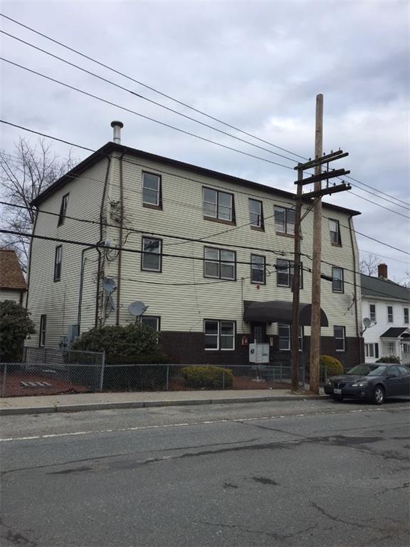 34 East Main St, West Warwick, RI 02893 (MLS #1180937) :: The Martone Group