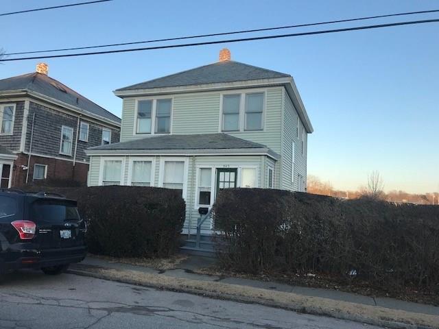 209 3rd St, Newport, RI 02840 (MLS #1181070) :: Westcott Properties