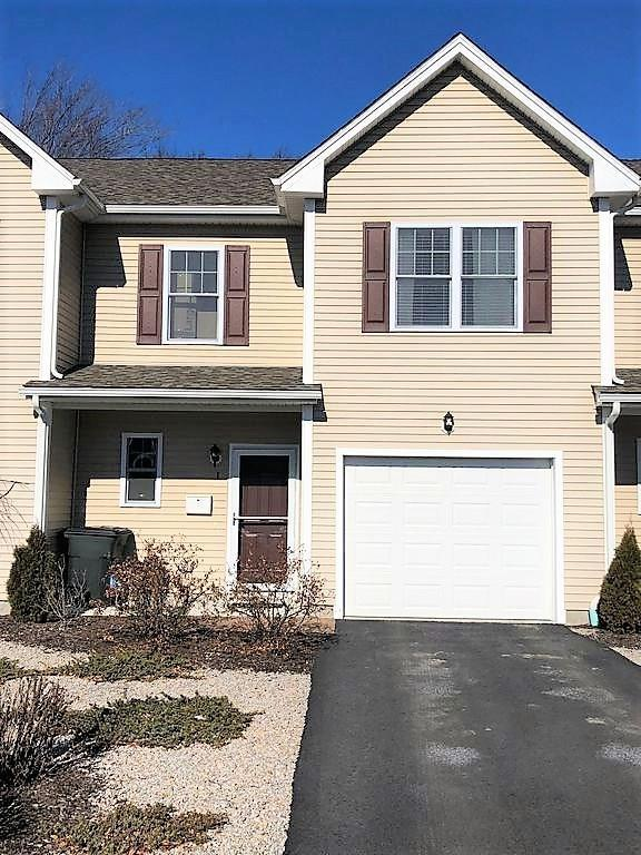 2 Duke St, Unit#I I, West Warwick, RI 02893 (MLS #1182336) :: Westcott Properties