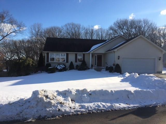 94 Sundale Rd, Cranston, RI 02921 (MLS #1183084) :: The Goss Team at RE/MAX Properties