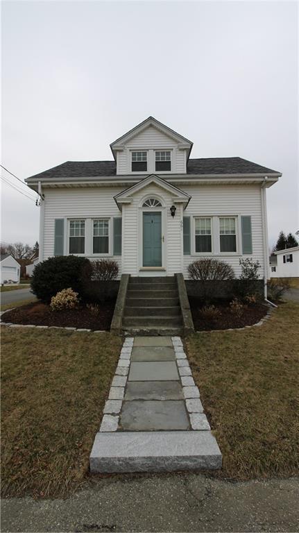 661 Aquidneck Av, Middletown, RI 02842 (MLS #1183450) :: Westcott Properties
