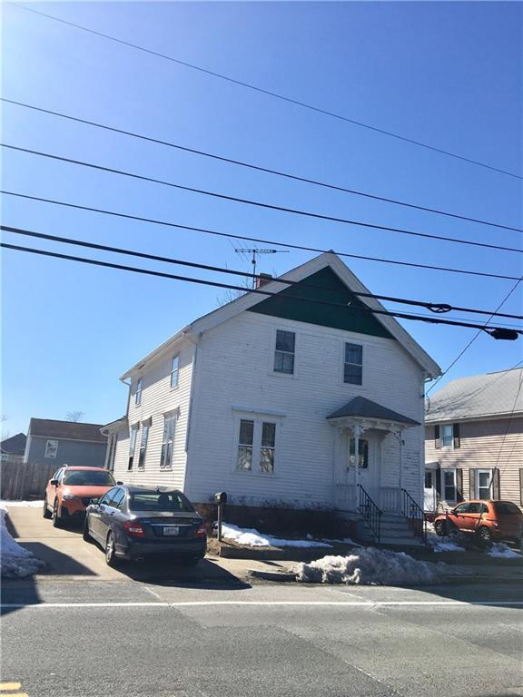 346 High St, Cumberland, RI 02864 (MLS #1185396) :: The Martone Group