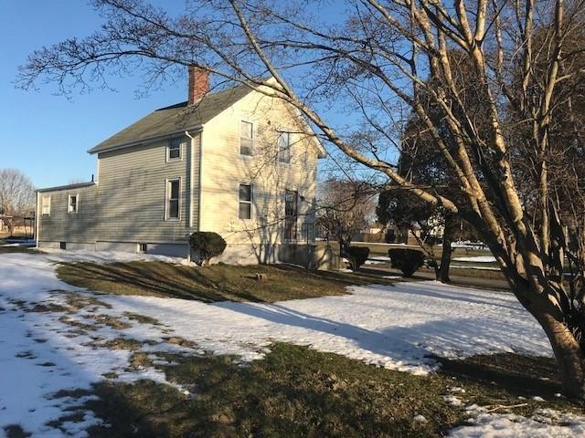 527 Aquidneck Av, Middletown, RI 02842 (MLS #1185764) :: Westcott Properties
