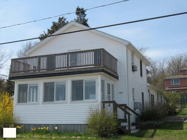 0726 Narragansett Av, Portsmouth, RI 02872 (MLS #1186867) :: The Martone Group