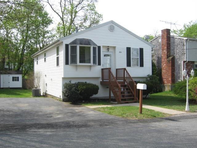 64 Norman St, Cumberland, RI 02864 (MLS #1190882) :: Welchman Real Estate Group | Keller Williams Luxury International Division