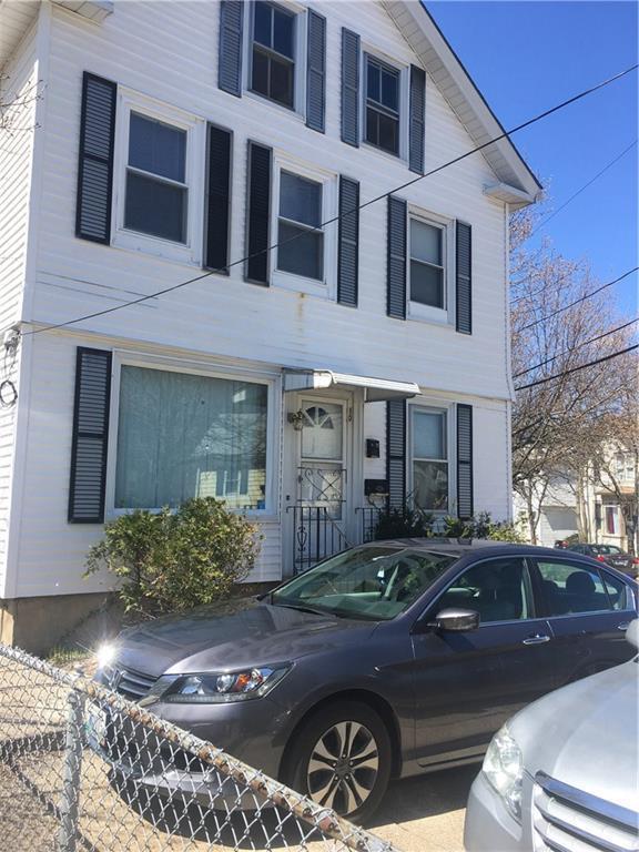 10 Mary St, Pawtucket, RI 02860 (MLS #1191478) :: The Martone Group