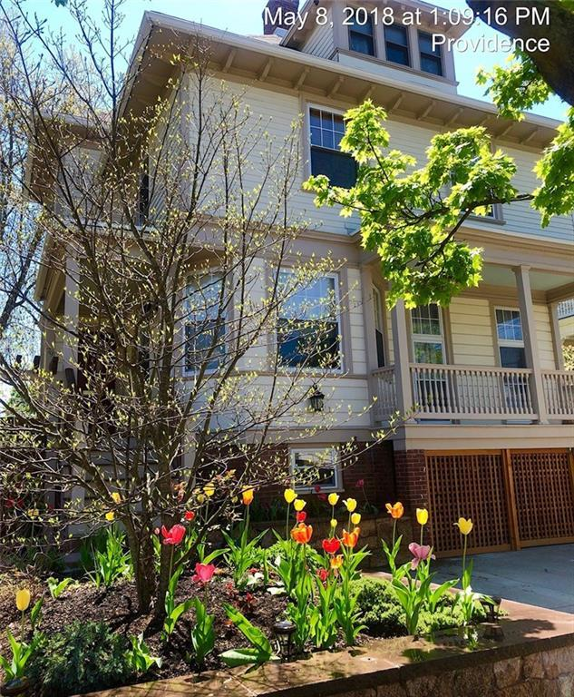 79 Irving Av, Providence, RI 02906 (MLS #1192318) :: The Goss Team at RE/MAX Properties