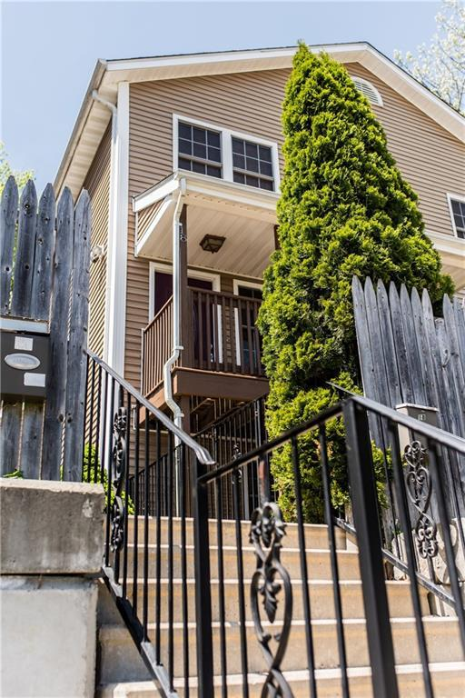 20 Calef St, Cranston, RI 02920 (MLS #1192432) :: The Goss Team at RE/MAX Properties
