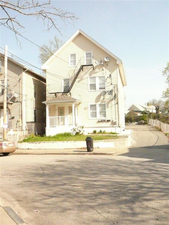 53 - 55 Sisson St, Pawtucket, RI 02860 (MLS #1193344) :: The Martone Group