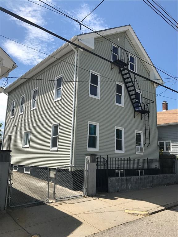 72 Unit St N, Providence, RI 02909 (MLS #1194482) :: The Martone Group