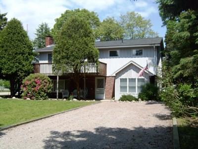 81 Montauk Av, Westerly, RI 02891 (MLS #1194657) :: The Goss Team at RE/MAX Properties