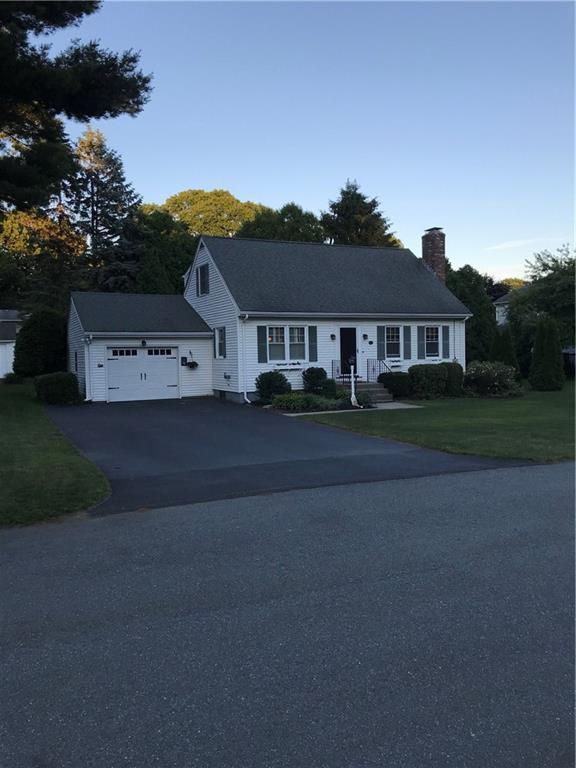 15 Tanglewood Trl, Narragansett, RI 02882 (MLS #1195636) :: Onshore Realtors