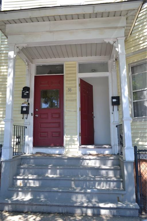 38 East St, East Side Of Prov, RI 02906 (MLS #1196482) :: Westcott Properties