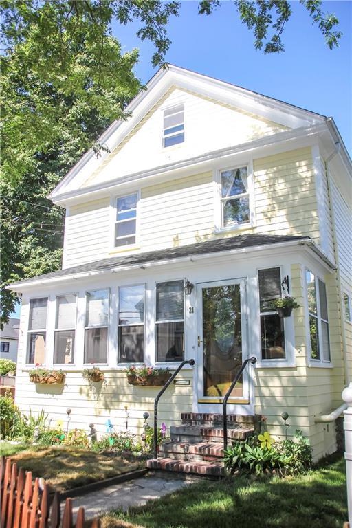 21 Carroll Av, Newport, RI 02840 (MLS #1197600) :: Welchman Real Estate Group | Keller Williams Luxury International Division