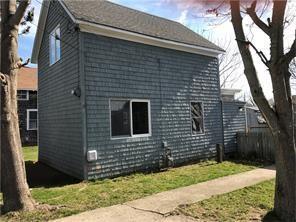 51 Cottage Av, Portsmouth, RI 02871 (MLS #1197888) :: Onshore Realtors