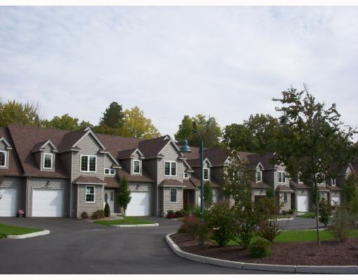 315 Old River Rd, Unit#28 #28, Lincoln, RI 02838 (MLS #1198914) :: The Martone Group