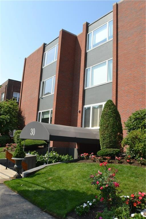 30 Blackstone Blvd, Unit#202 #202, East Side Of Prov, RI 02906 (MLS #1199336) :: Onshore Realtors