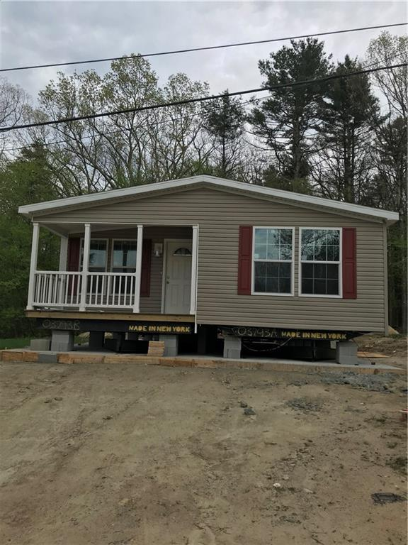 10 Woodhaven Rd, Glocester, RI 02814 (MLS #1200978) :: The Martone Group