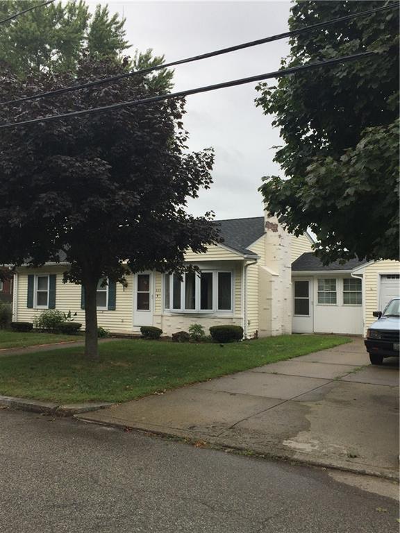 253 Don Av, East Providence, RI 02916 (MLS #1204335) :: The Martone Group
