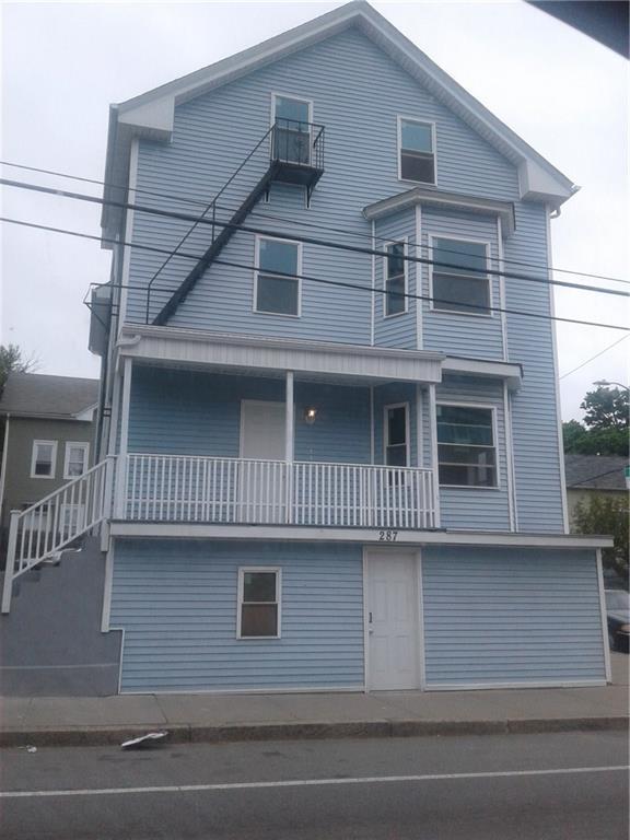 287 Manton Av, Providence, RI 02909 (MLS #1204721) :: The Martone Group