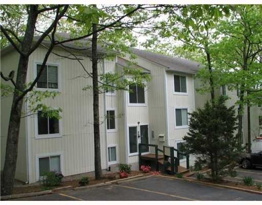 5 Wake Robin Rd, Unit#206 #206, Lincoln, RI 02865 (MLS #1204734) :: The Martone Group