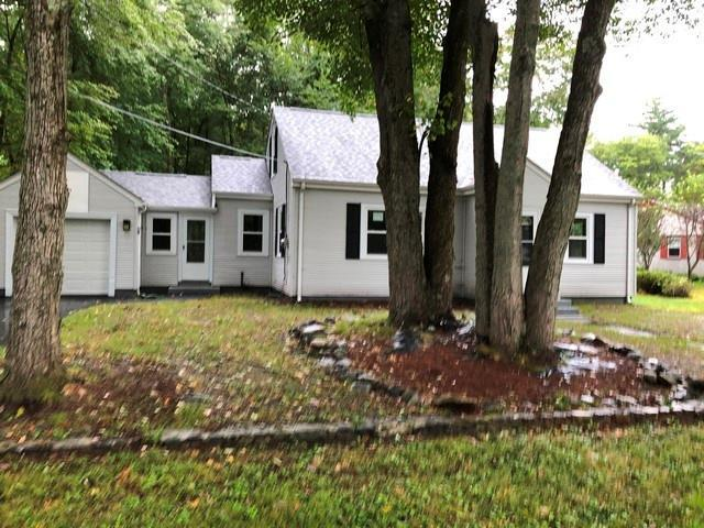 34 Howard Av, Burrillville, RI 02859 (MLS #1205306) :: The Goss Team at RE/MAX Properties