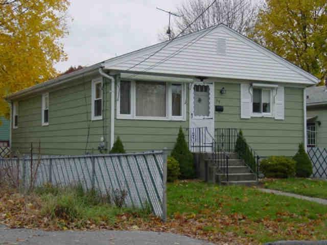 39 Auburn Ave Av, Johnston, RI 02919 (MLS #1205627) :: Albert Realtors