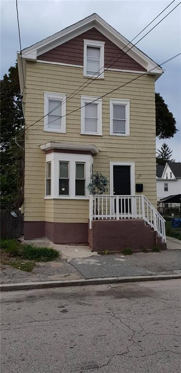 135 Amherst St, Providence, RI 02909 (MLS #1205670) :: The Martone Group