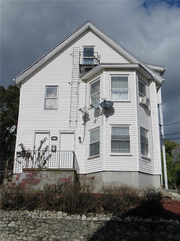 41 - 43 Hendricks St, Central Falls, RI 02863 (MLS #1208784) :: The Martone Group