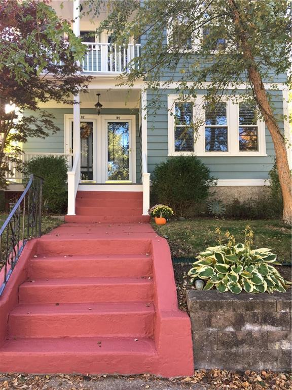 92 Colonial Rd, Providence, RI 02906 (MLS #1209204) :: The Martone Group