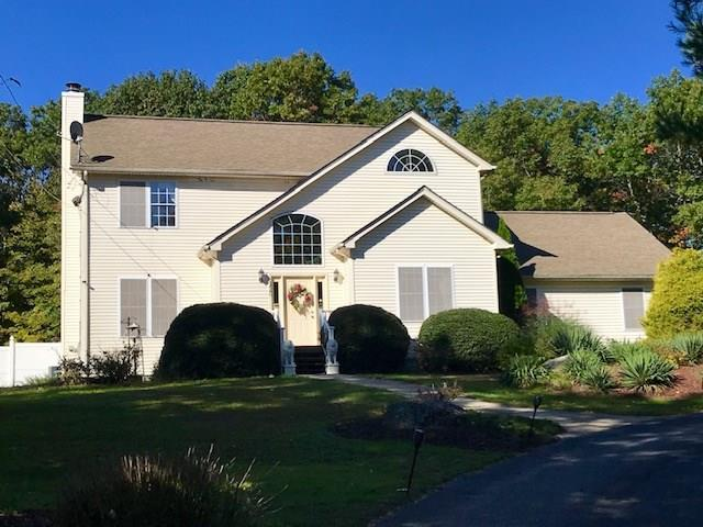 120 Rocky Hill Rd, Smithfield, RI 02917 (MLS #1209949) :: The Martone Group