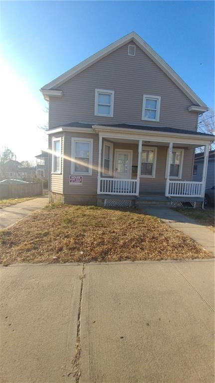 122 Leah St, Providence, RI 02908 (MLS #1211141) :: Welchman Real Estate Group   Keller Williams Luxury International Division