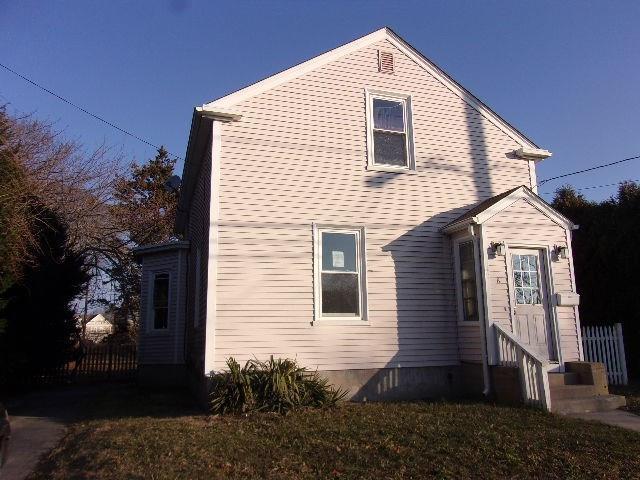 8 Dexter St, Newport, RI 02840 (MLS #1211657) :: Albert Realtors