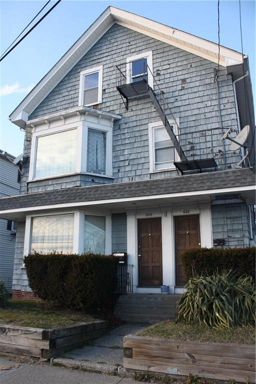 658 - 660 Central Av, Pawtucket, RI 02861 (MLS #1212889) :: Albert Realtors