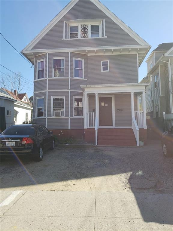 28 Marlborough Av, Providence, RI 02907 (MLS #1213234) :: The Martone Group