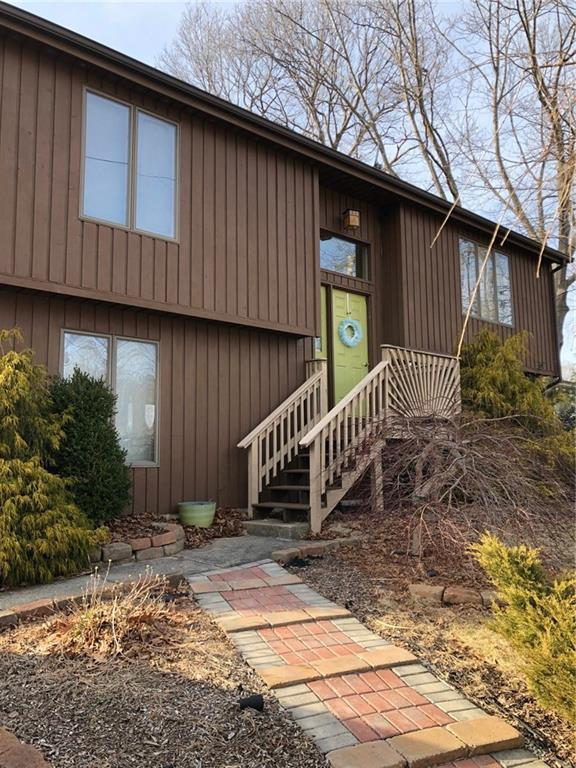 100 Tomahawk Trl, Cranston, RI 02921 (MLS #1214574) :: The Martone Group