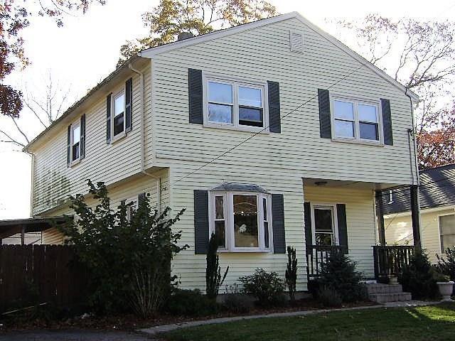 106 Pine Grove Ave Av, Warwick, RI 02889 (MLS #1214667) :: Westcott Properties