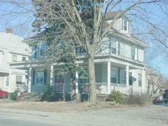 228 Waterman Av, East Providence, RI 02914 (MLS #1215234) :: Onshore Realtors