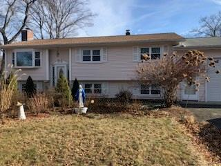 20 Sojka Dr, Cumberland, RI 02864 (MLS #1215488) :: The Goss Team at RE/MAX Properties