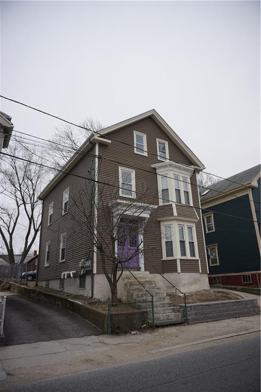 35 Ruggles St, Providence, RI 02908 (MLS #1215704) :: The Martone Group