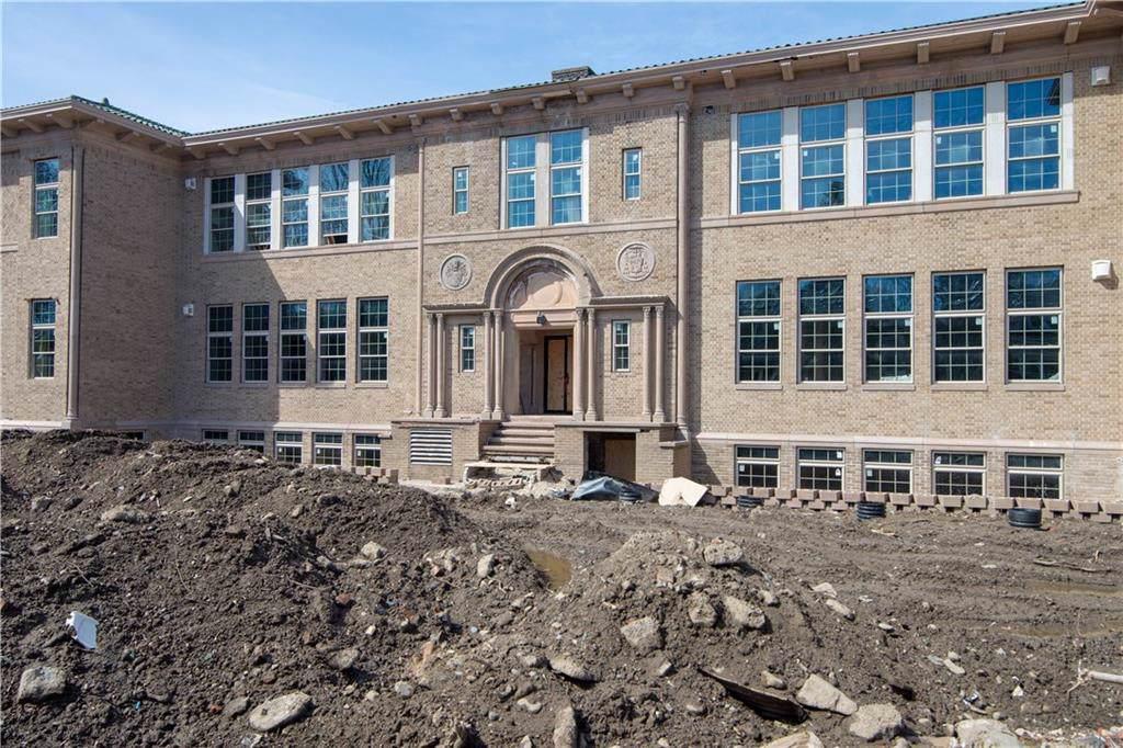 7 Mt. Hope Av, Unit#301 #301, East Side Of Prov, RI 02906 (MLS #1217492) :: The Martone Group