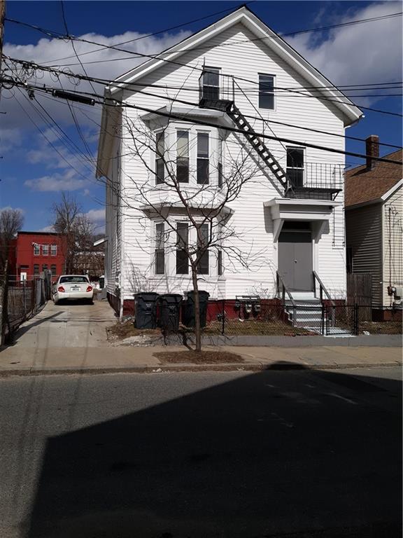 123 - 125 Jewett St, Providence, RI 02908 (MLS #1217527) :: The Martone Group