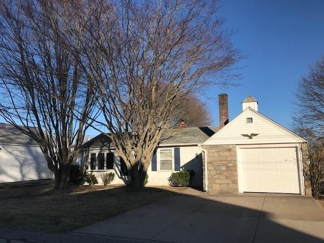 6 Frances Av, Narragansett, RI 02882 (MLS #1218651) :: Onshore Realtors